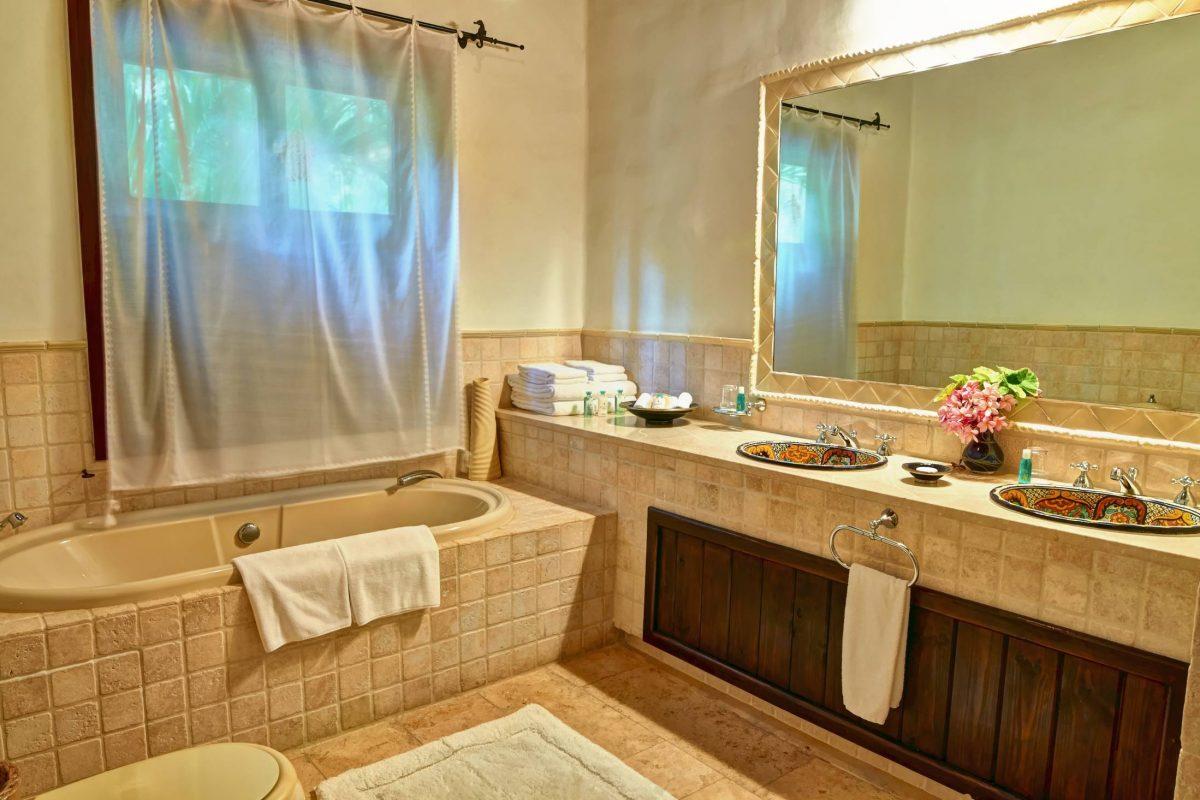 297-bathroom_1 (1)
